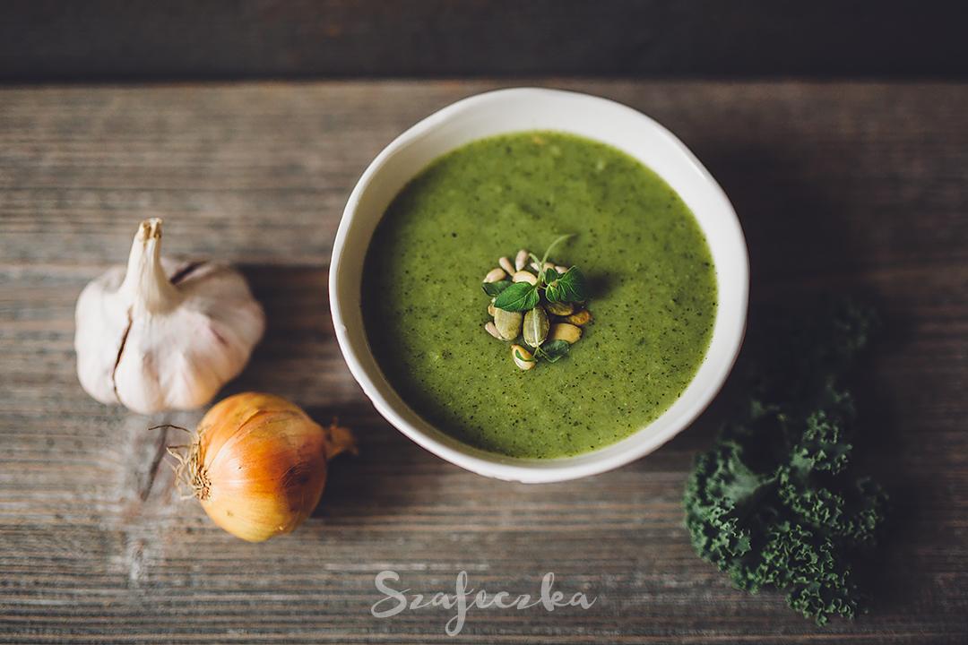 Zupa krem z brokułów i jarmużu